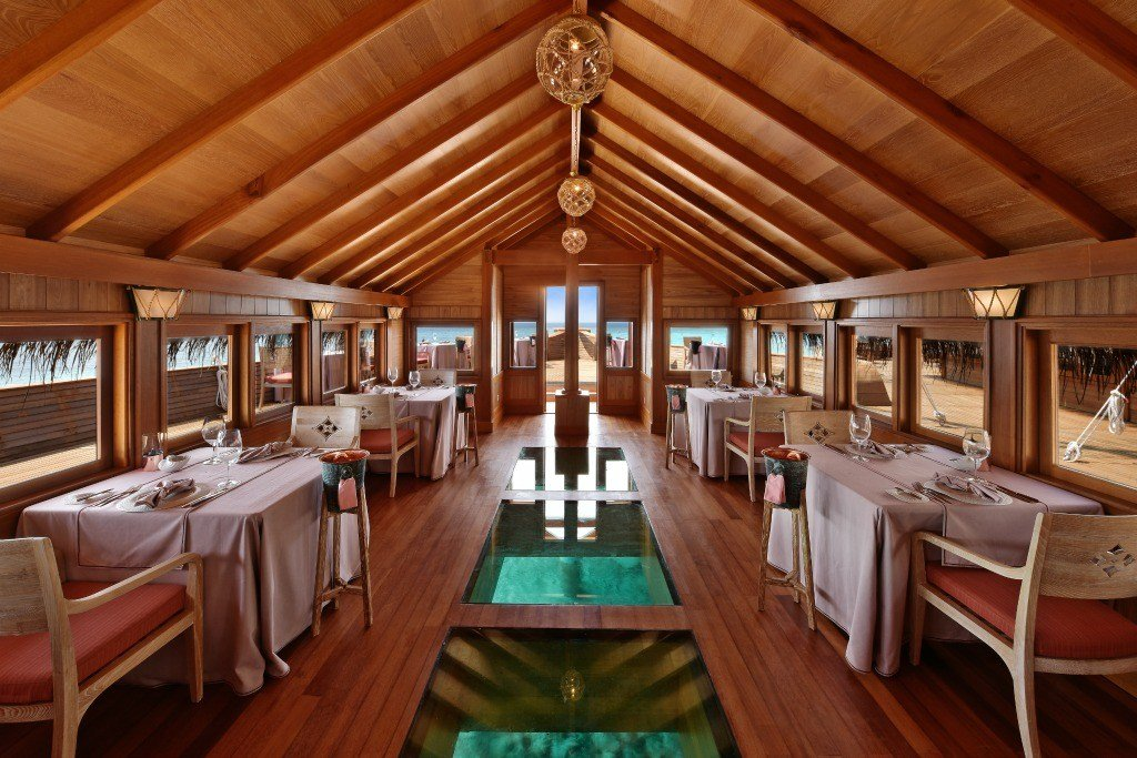 Who Else Wants to Eat in A Boat in the Maldives?